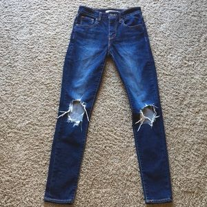 Levi's 721 Skinny High Rise Jeans 25